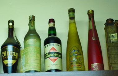 Assorted vintage digestifs