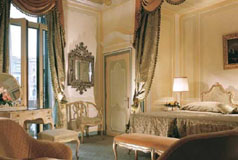 Hotel Gritti Palace guest room