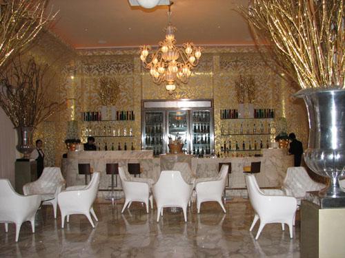 Caviar & Champagne Lounge