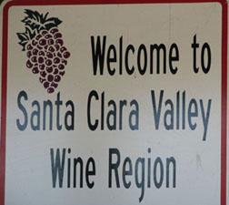 Santa Clara wine sign